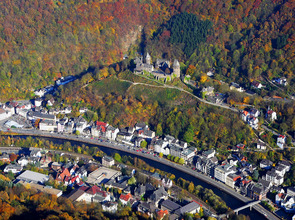 Altena_Burg_20051030.jpg(© Dr.G.Schmitz / Wikimedia Commons - CC BY-SA 3.0, https://creativecommons.org/licenses/by-sa/3.0/deed.de))