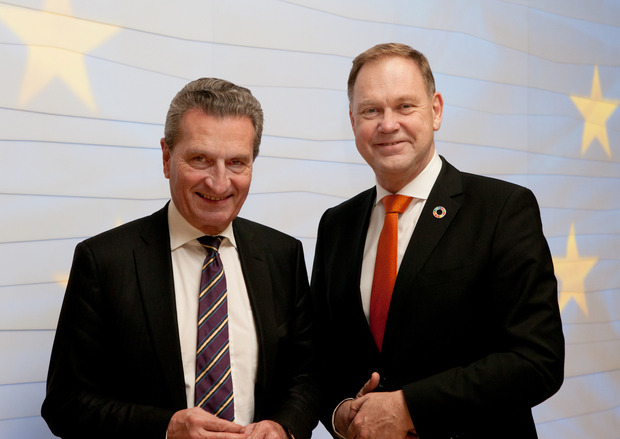 EU Budget Commissioner Günther Oettinger with our Chairman Executive Board Aart De Geus.