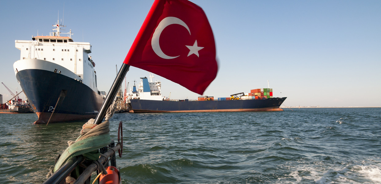Turkey and the EU have to expand their trade