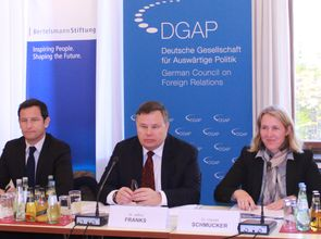 IWF_Policy_Lunch_20151012_IMG_1066.JPG(© DGAP)