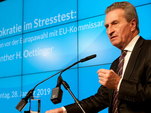 Guenther-Oettinger_Rede-UdL1_20190128.jpg(© Thomas Kunsch)