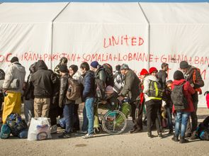 Fluechtlinge_Idomeni.jpg(© Natalia Tsoukala/Caritas International / Flickr - CC BY-NC-ND 2.0, https://creativecommons.org/licenses/by-nc-nd/2.0/)