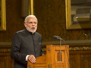 Narendra_Modi_22593457919_22ec30bf9a_o.jpg(© Foto: House of Lords 2015 / Photography by Roger Harris / Flickr - CC BY-NC 2.0, https://creativecommons.org/licenses/by-nc/2.0/ ;  parliamentary copyright images are reproduced with the permission of Parliament)