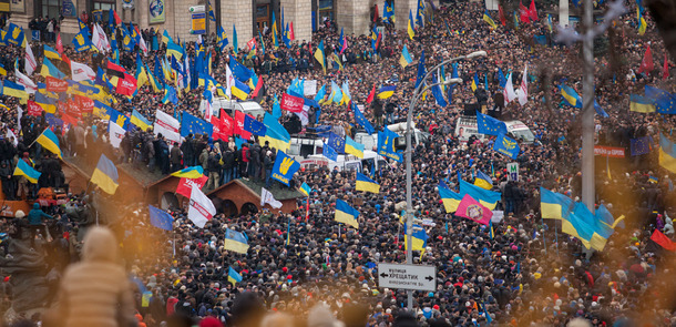 Euromaidan_Kyiv_1-12-13_by_Gnatoush_005.jpg_ST-EZ(© Nessa Gnatoush / Wikimedia Commons © CC BY 2.0  http://creativecommons.org/licenses/by/2.0/deed.en)